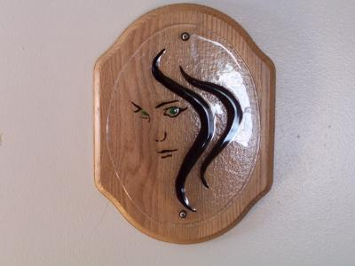 WS10045 - Green Eye Girl on Oak Plaque