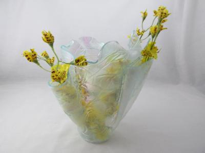 VA1165 - Krinkle, Iridized Centerpiece Vase
