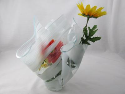 VA1170 - White Streaky Baroque Centerpiece Vase